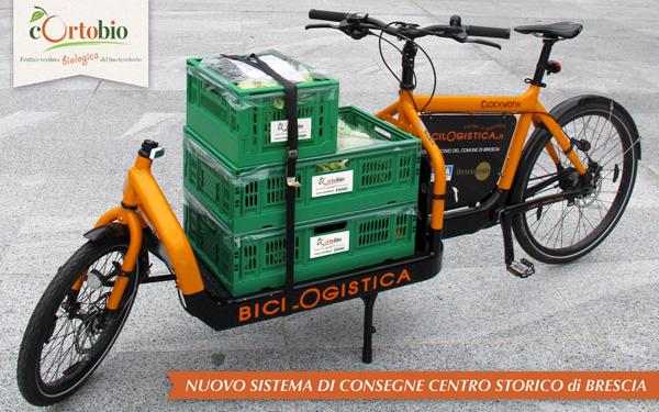 cortobio-cassette-verdura-biologica-bici-logistica